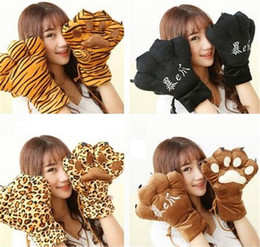 Paw Glove Cosplay NZ - New Fashion cat claw gloves Cosplay Accessories Anime Costume Plush Gloves Paw Party gloves free shipping B0831