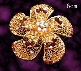 Flower Brooch Black Gold Canada - Wholesale hot sell Gold plated flowers Zinc alloy rhinestone Brooches wedding jewelry Free shipping 12pcs lot mixed color BH770