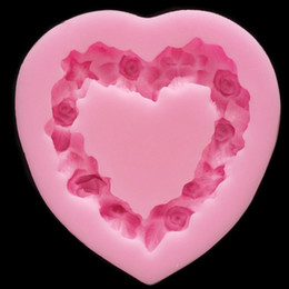 $enCountryForm.capitalKeyWord Canada - Heart Shaped Love Wreath silicone Fondant,Resin Clay Chocolate Candy Silicone Cake Mould,Fondant Cake Decorating Tools wholesaleTY1898