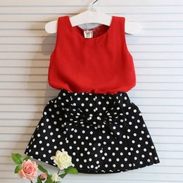 Barato Roupa De Saia Polka Dots-Atacado - 2pcs Baby Girl Clothes Set Sleeveless T-shirt + Polka Dot Skirt Outfits Girls Clothes