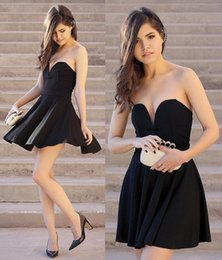 Discount little black prom dresses - 2019 New Little Black Homecoming Dresses Sweetheart Neck Sleeveless High Quality Short Prom Party Cocktail Gowns