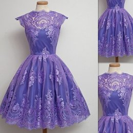 Barato Vestido De Manga Cocktail Cocktail-Vestidos de festa para mulheres Purple Tulle Appliques Lace Sheer Cap Sleeve Mini Short Designer Special Occasion Prom Party Vestidos 2016