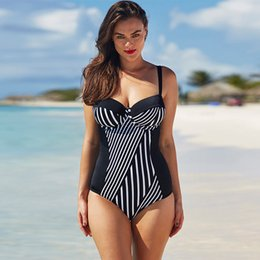 Barato Grande Swimsuit Sexy-Atacado - Patchwork One Piece Swimsuit Mulheres Plus Size Swimwear Sexy Monokini Feminino Black Striped Push Up Monokini Bodysuit de grande tamanho