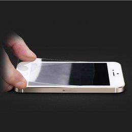 Premium Temperli Cam Ekran Koruyucu Için iphone4 4 s 5 5c 5 s 6 6 s 6 artı 6 s artı Ultra Ince 0.26mm Film gözlük ve Temizleme Kiti indirimde