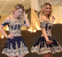 Gold Cocktail Dress Size 14 Canada - 2016 New Short Homecoming Dresses Off Shoulder Short Sleeves Gold Lace Appliques Party Graduation Litter Black Dress Plus Size Cocktail Gown