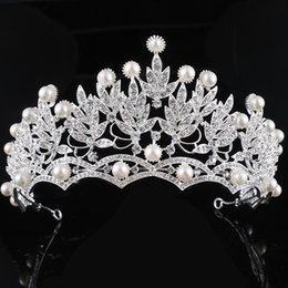 Novias De Hoja Baratos-Europa occidental Vintage Big Crystal Pearl Corona Tiara boda accesorios de cabello Bride Womens Baroque Bridal Leaf Hair Jewelry