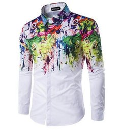 Barato Moda Masculina Design Casual Camisas-2017 novo Men Fashion Shirt Padrão Design manga comprida Flor pintura estilo impressão Slim Fit Casual Men Dress Shirts M-3XL
