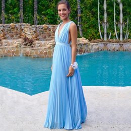 Barato Profundo V Aberto Para Trás-Prom 2017 Light Sky Blue Sexy Prom Vestido Mergulhando Deep V Neck Sleeveless Ruched Chiffon Open Back Long Formal Evening Party Gowns Custom