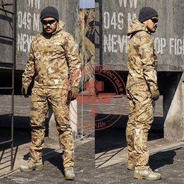 Discount full hunting camouflage clothing - 2016 Markings camouflage gowns + pants Hunting Sets Tactical Uniform Army SWAT Equipment Combat Airsoft Suit man hunting