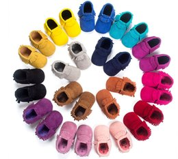 Slip Slip Pas Cher-Newborn Baby Kids Tassel Shoes Prewalker PU Leather Fringe Antidérapante Chaussures Infant Toddler Girl Boy Mocassins Soft Moccs Shoes Livraison gratuite