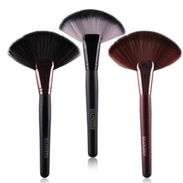 $enCountryForm.capitalKeyWord NZ - Professional Soft Makeup Large Fan Brush Blush Powder Foundation Make Up Tool Big Fan Cosmetics Brushes Free shipping