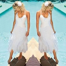 Barato Vestido De Noiva Com Vestido De Chá Boho-Under 100 Cheap Short Bohemian Beach Wedding Dresses 2017 Halter Neck Tea Length Verão Boho Estilo Branco Chiffon Bridal Gowns