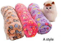 Chinese  2017 Pet Blanket Cute Warm Det Bed Mat Cover Small Medium Large Towl Paw Handcrafted Print Cat Dog Fleece Soft Blanket manufacturers