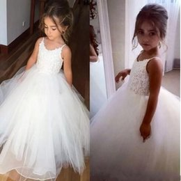 Discount pink girls tops - Cheap Flower Girls Dresses Tulle Lace Top Spaghetti Formal Kids Wear For Party Free Shipping Toddler Gowns