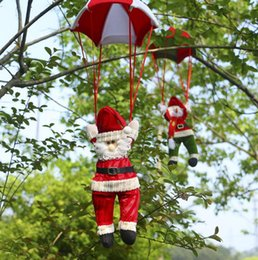 Wholesale Christmas Decoration Pendant Outdoor Santa Claus Snowman Ornaments Parachute Christmas Doll Party Ornament for Kids Gift