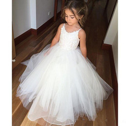 $enCountryForm.capitalKeyWord Canada - Hot Sale Pageant Spaghetti Strap New Flower Girls' Dress Garden White Ivory Tulle Princess Ball Gown Wedding Party Custom Made Lace Fashion