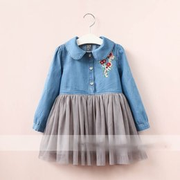 Robe D'arc Brodée Pas Cher-Everweekend Girls Tulle Floral Brodé Denim Robe Ruffles Lovely Kids Bow Vêtement Princesse Western Fashion Autumn Party Clothing