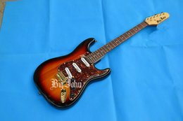 $enCountryForm.capitalKeyWord Canada - free shipping new Big John music instrument alder body gold hardware wilkson pickup ST electric guitar +foam box 1658