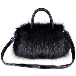 $enCountryForm.capitalKeyWord Canada - Wholesale- Winter new European and American popular handbag Korean version of Messenger bag small plush women 25*17*8cm