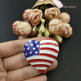 Wholesale pin stripes for sale - Group buy 100PCS Metal USA Flag Patriotic Heart Stars and Stripes Bead Enamel Plated Silver Plated Jewelry Fashion Charms Brooch pins