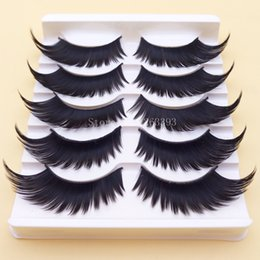 Wholesale Black Winged Exaggerated False Eyelashes Soft Long Section Grosse Croix Messy Lashes Performing Arts Outils de maquillage de scène Fake Eyelashes