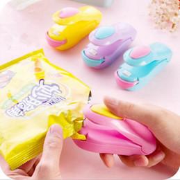 Portátil Mini Máquina de Sellado Térmico Sellador de Impulso de Uso Doméstico Embalaje Bolsa de Plástico Ahorrador de Alimentos de Plástico Almacenamiento de Herramientas de Cocina OOA2123