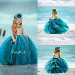 Barato Vestido Verde Molhado De Lantejoulas-Hunter Green Floor Length Puffy Tulle Girls Pageant Dresses 2017 Vintage Flower Girl Dress para casamentos Top Gold Sequin Holy Communion Gowns