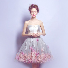 Short Short À La Mode Pas Cher-Hand Made 3D Floral Short Homecoming Robes 2018 à la mode Tulle Cheap Puffy Robe de cocktail officielle Arab Juniors Prom Party Ball Gown