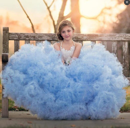 Robe De Robe De Plumes Pas Cher-Charmant Lush Ligth Bleu 2017 Enfants Panthère Robes Tulle Plume Bow Tulle Bleu Communion Robe Sequins Tiered Toddler Enfants Ball Ball Gown
