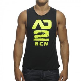 Barato T-shirt De Esportes Ao Atacado-Venda por atacado - 2017 New Fashion Men's bodybuilding vestuário ginásios stringer Tank Tops Men's Vest Fitness single camisetas Workout Tees camisas esportivas