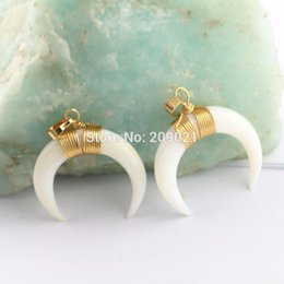 $enCountryForm.capitalKeyWord Canada - Beautiful 8Pcs Gold Plated Wire Wrap Shell Crescent Moon Charms Pendants For Jewelry Finding