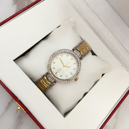 Fashion popular watch online shopping - 2017 Fashion Women Dress Watch Special Design New Model Lady Wristwatch Steel popular lady watches Relojes De Marca Mujer