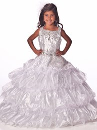 Robe Courte Petite Fille Pas Cher-Gorgeous Flower Gageant Robes de fille Sexy Beading Organza Ruffled Four-Layeres Crystal Ruched Little Girl Robes de fille à fleurs 2017