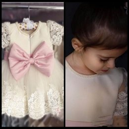 $enCountryForm.capitalKeyWord NZ - 2017 Charming Ivory Short Beading Flower Girl Dresses With Pink Bow Lace First Communion Dresses Frocks Kids Prom Formal Gowns