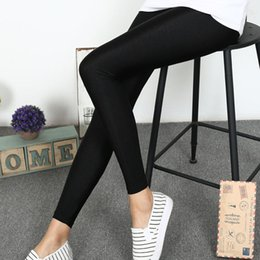 Leggings Élastiques Brillant Noir Pas Cher-Vente en gros - Femmes Nouvelle mode Black High Elastic Leggings Casual Plus Size Slim Ankle-Length Shiny Pants Sexy Lady Mid Waist Pants 62425