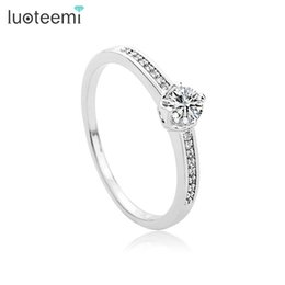 $enCountryForm.capitalKeyWord NZ - Luxury Sparking CZ Crystal Charm Ring For Women Finger Jewelry Wedding Party Accessories White-Gold Color Best Quality LUOTEEMI