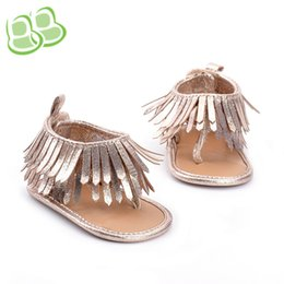 Brown Toddler Sandals Canada - Baby sandals First Walkers summer new Infant Toddler T Fringe Baby Girls Gold Tassel Thong sandals Newborn Baby princess shoes 6276