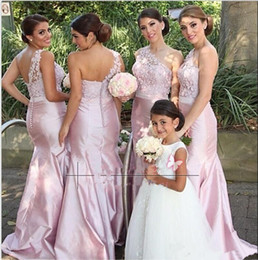 Robe Robes En Dentelle Taffetas Pas Cher-2017 Cheap African Pink Backless One Shoulder Lace Mermaid Robes de demoiselle d'honneur Lace Blush Pink Taffeta Wedding Party Robes formelles