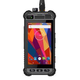 Großhandel Ursprünglicher Runbo M1 Smartphone magnetisches Verbindungsstück Andriod 5.1 Wasserdichtes IP67 schroffes LTE Telefon 3.2 Watt geben analoges Zweiwegradio NFC aus
