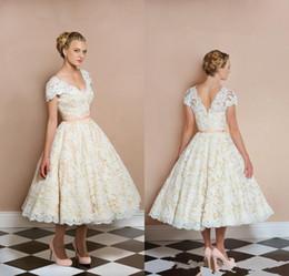 charming ivory bohemian wedding dresses lace applique backless v neck short weddings dress sash hot sales tea length sposa gowns