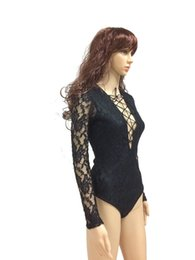 Pure Broderie Combinaison À Manches Longues Pas Cher-Sexy Lace Bandage Ceinture Bow Sheer Translucent Broderie Jumpsuit Deep V-Neck Long Sleeve Hollow Out Skinny Shorts Bodys Feminas Rompers