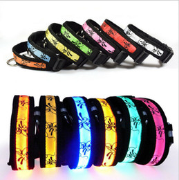 Wholesale LED Dog Collars Pet Necklace Night Safety Glow Flashing colors Dog Leashes Pet Cat Safety belt chaplet Free DHL