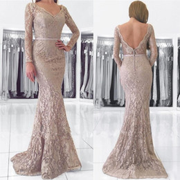 $enCountryForm.capitalKeyWord Canada - Vintage Grey Mother Of The Bride Dresses Mermaid Full Lace Plus Size Dress With Sleeves Sexy Backless Wedding Guest Formal Gowns