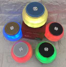 $enCountryForm.capitalKeyWord NZ - B19 magic lamp wireless Bluetooth Audio Input Voice U Disk FM TF Card Speakers Romantic Colorful Led Outdoor Speaker with retail box