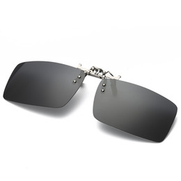 golden package UK - Fashion Sunglasses Clip Myopia Polarized Unisex Ultra-light Lens On Sunglasses Anti-Scratch Clip Driving Goggles With Packaging