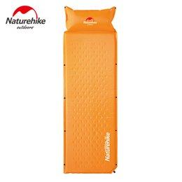 wholesale naturehike camping mat with pillow 3 colors tent bed single laybag pad air mattress