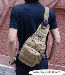 Bolsa de hombro acampanados a prueba de senderismo Trekking Pecho bolso durable paquete de hombro al aire libre Tactical bolsillos múltiples bolsa de mensajero en venta