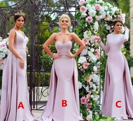 Barato Barato Strapless Cetim Longo Vestidos-Cheap Pink Mermaid Long Vestidos de dama de honra com trem Strapless Satin Long Sleeve Wedding Guest Dress Maid Of Honor Dress Custom Made