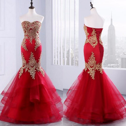 Barato Mermaid Tiered Sweetheart-Vestidos de noiva árabe Sexy Red Vestidos de festa Long Evening Formal Mermaid Sweetheart Sem molas Appliques de renda Corset Back Tiered Skirt