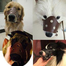Couro macio PU Ajustável Muzzles para o Cão Anti Bark Mordida Grooming Treinamento Boca Tampa Do Animal de Estimação Ao Ar Livre Acessório Perros Mesh Máscara LZ002 em Promoção